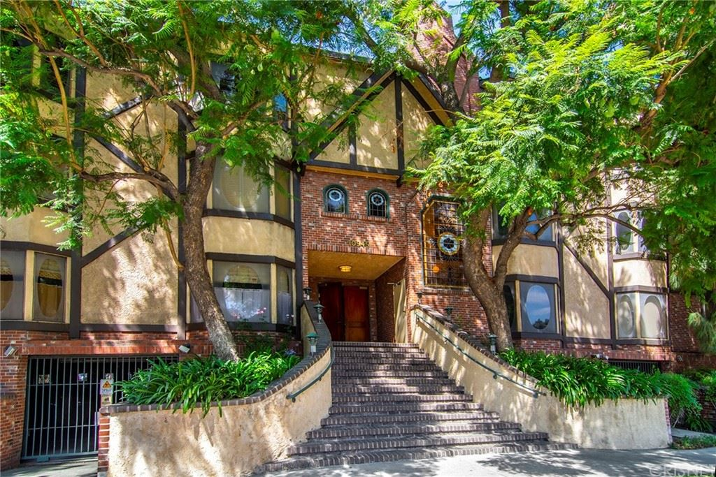 10945 Hortense Street #106, Toluca Lake, CA 91602 - MLS#: SR21193028