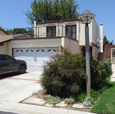 Photo of 1627 Edgewater Lane, Camarillo, CA 93010 (MLS # 527029)