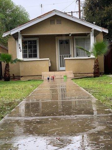 Photo of 360 Moorpark Avenue, Moorpark, CA 93021 (MLS # 220003029)
