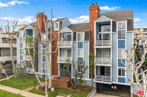 Photo of 11667 Gorham Avenue #101, Los Angeles, CA 90049 (MLS # 21743030)
