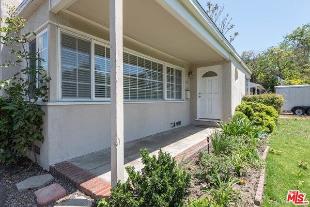 Photo of 5112 AUCKLAND Avenue, Toluca Lake, CA 91601 (MLS # 20666030)