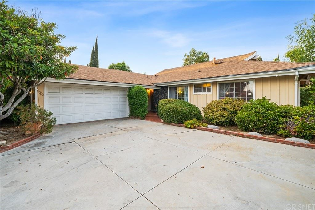 Photo of 16829 San Jose Street, Granada Hills, CA 91344 (MLS # SR21210030)