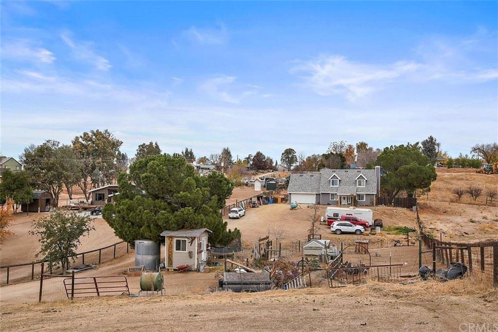 Photo of 7140 Breslin Lane, Paso Robles, CA 93446 (MLS # NS21199031)
