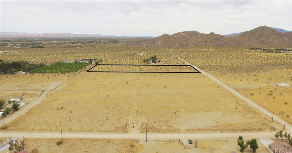 Photo for 0 Cody Road (5), Lucerne Valley, CA 92356 (MLS # OC19117031)