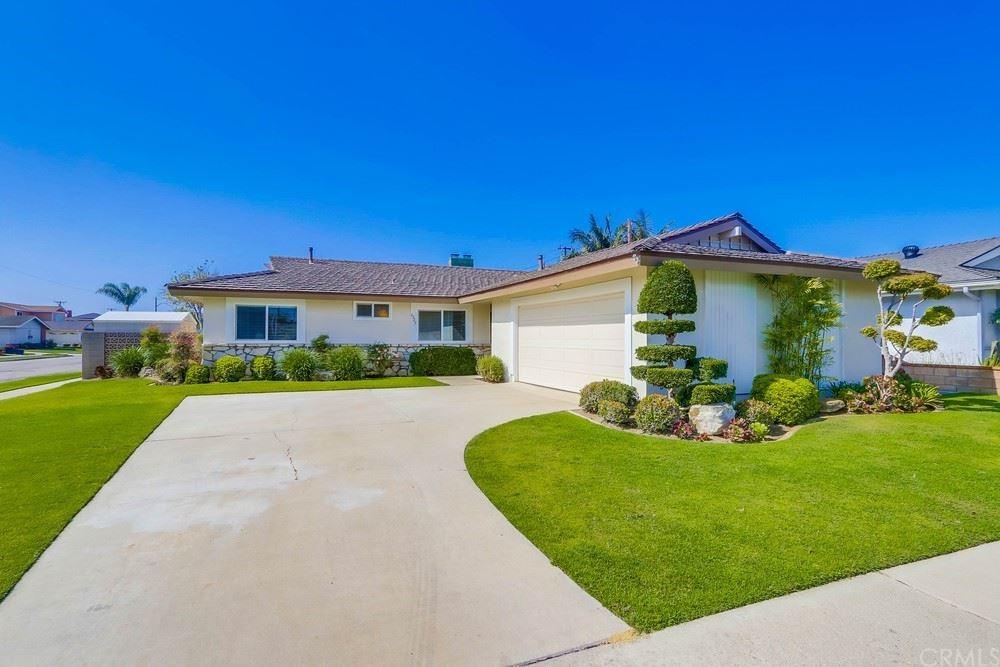 Photo of 6322 Cerulean Avenue, Garden Grove, CA 92845 (MLS # PW21148031)