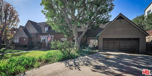 Photo of 2203 Nottingham Avenue, Los Angeles, CA 90027 (MLS # 20669032)