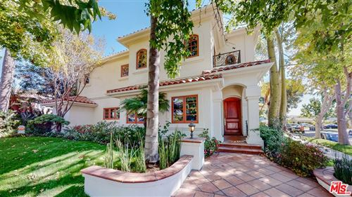 Photo of 1948 S Crest Drive, Los Angeles, CA 90034 (MLS # 21787032)