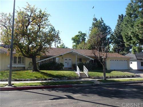 Photo of 23100 Mulholland Drive, Woodland Hills, CA 91364 (MLS # SR21002032)