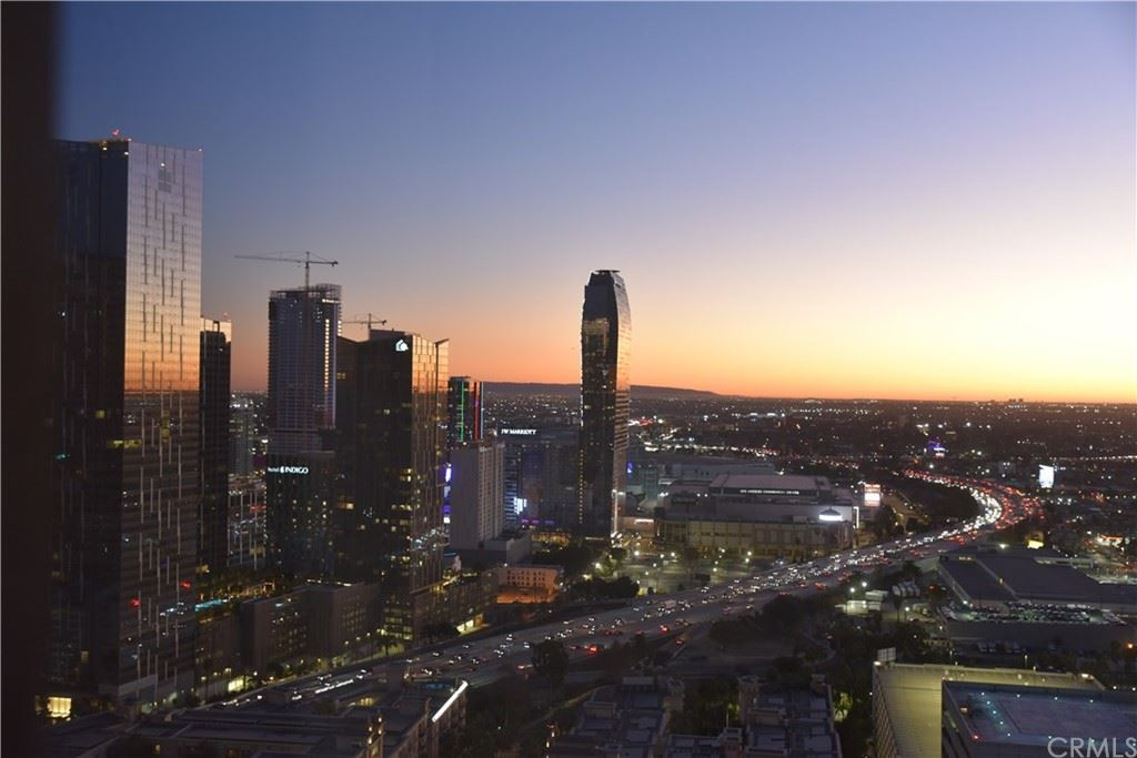 Photo of 1100 Wilshire Boulevard #2302, Los Angeles, CA 90017 (MLS # DW20240032)