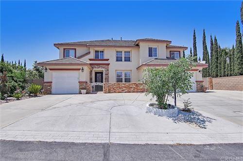 Photo of 41001 Ridgegate Lane, Palmdale, CA 93551 (MLS # SR21120033)