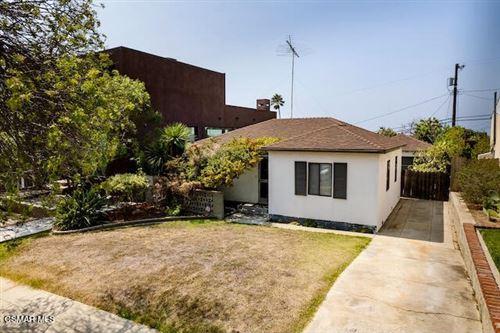 Photo of 3453 Moore Street, Los Angeles, CA 90066 (MLS # 221005034)