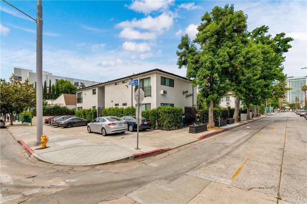 Photo of 6666 Yucca Street, Hollywood, CA 90028 (MLS # AR21152034)