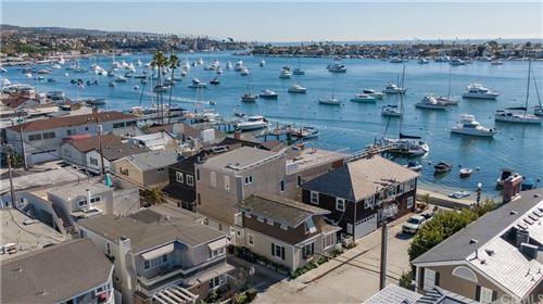 Photo of 104 Onyx, Newport Beach, CA 92662 (MLS # OC20210035)