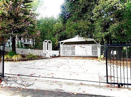 Photo of 15922 Valley Vista Boulevard, Encino, CA 91436 (MLS # SR20017035)