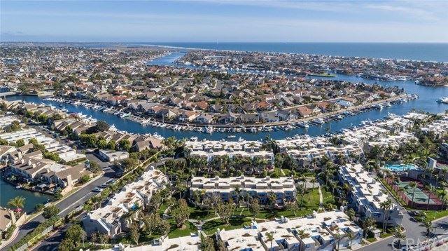 Photo of 16071 Surprise Lane, Huntington Beach, CA 92649 (MLS # OC21097035)