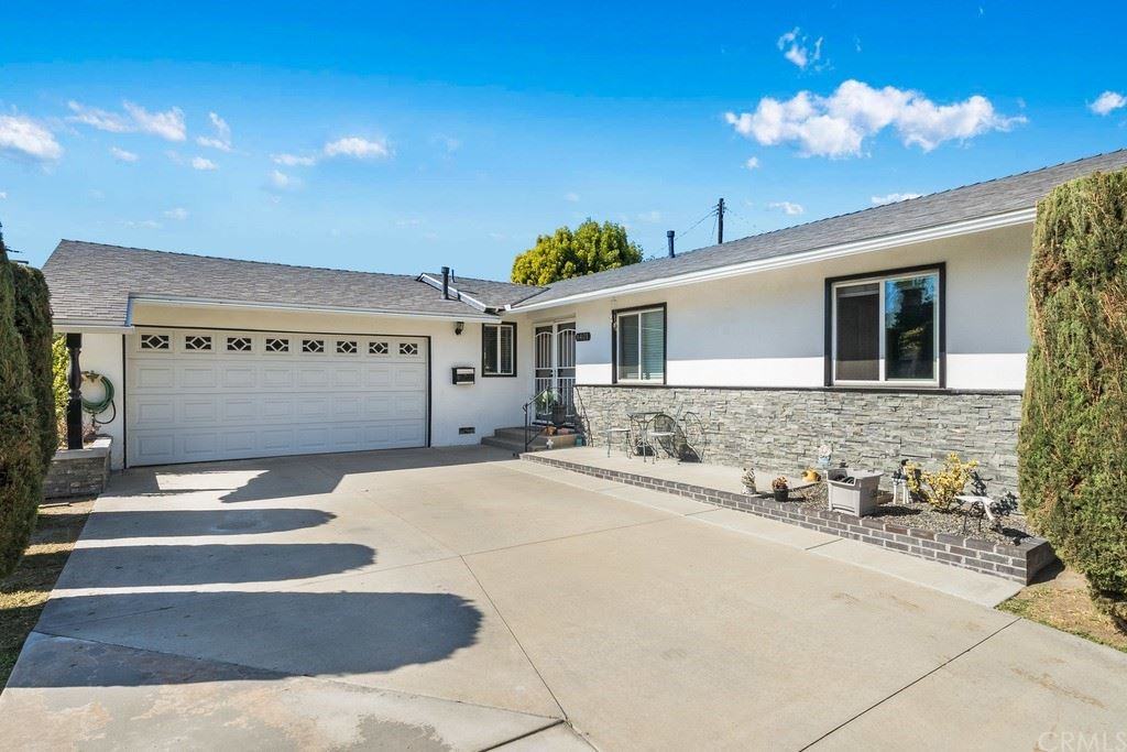 8401 Terry Drive, Huntington Beach, CA 92647 - MLS#: SB21234036