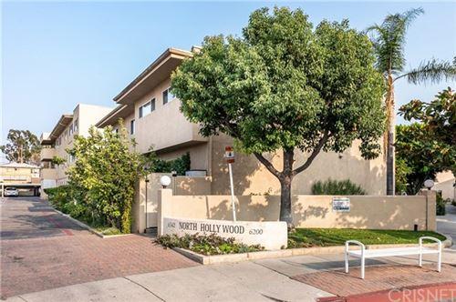 Photo of 6342 Morse Avenue #304, North Hollywood, CA 91606 (MLS # SR20195037)