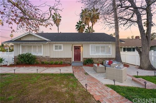 Photo of 15502 Valerio Street, Van Nuys, CA 91406 (MLS # SR21061037)