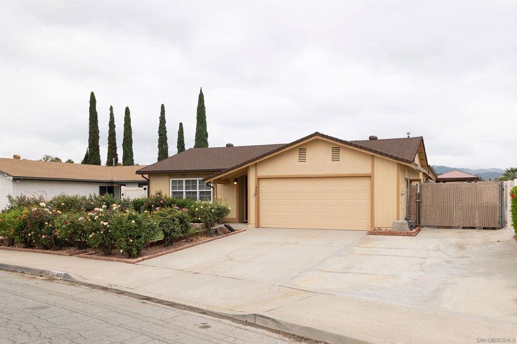 420 Linwood St, Escondido, CA 92027 - MLS#: 210024037