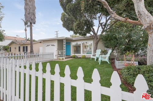 Photo of 2103 Graham Avenue, Redondo Beach, CA 90278 (MLS # 20648038)