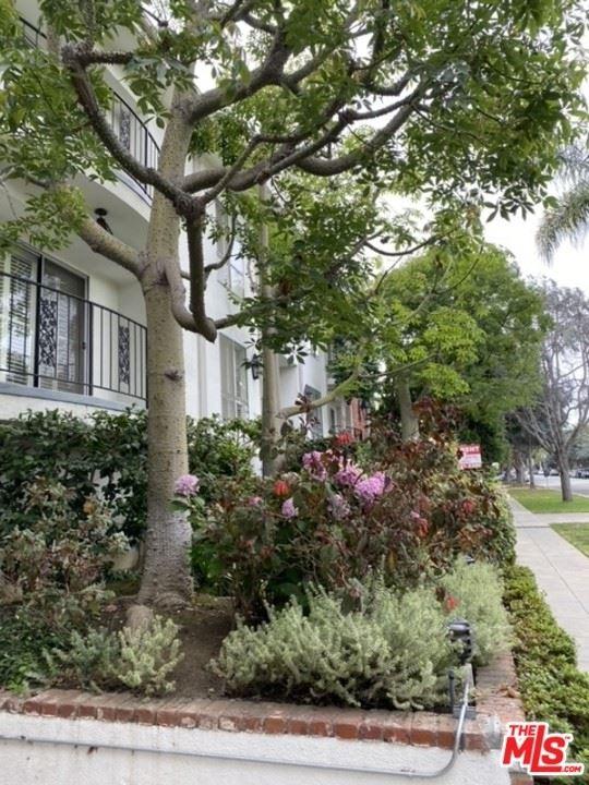 Photo of 922 14Th Street #105, Santa Monica, CA 90403 (MLS # 21766038)