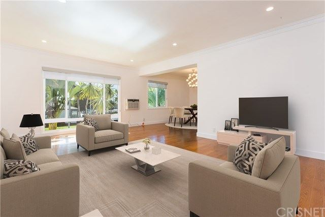 Photo of 1204 N Crescent Heights, West Hollywood, CA 90069 (MLS # SR21096038)