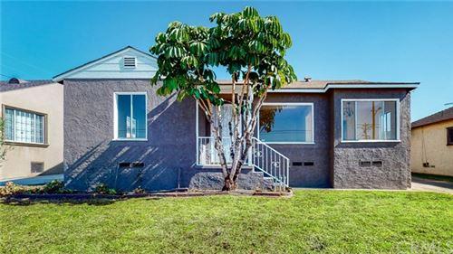 Photo of 10926 S Wilton Place, Los Angeles, CA 90047 (MLS # SB20229039)
