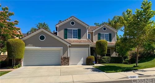 Photo of 28281 Foxlane Drive, Canyon Country, CA 91351 (MLS # SR21128039)