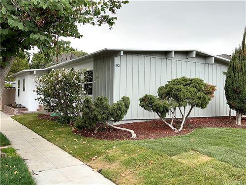 Photo of 3501 Myrtle Avenue, Long Beach, CA 90807 (MLS # SR21229039)
