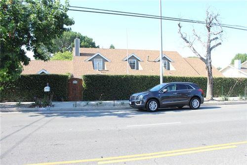 Photo of 18128 Lassen Street, Northridge, CA 91325 (MLS # SW20137039)