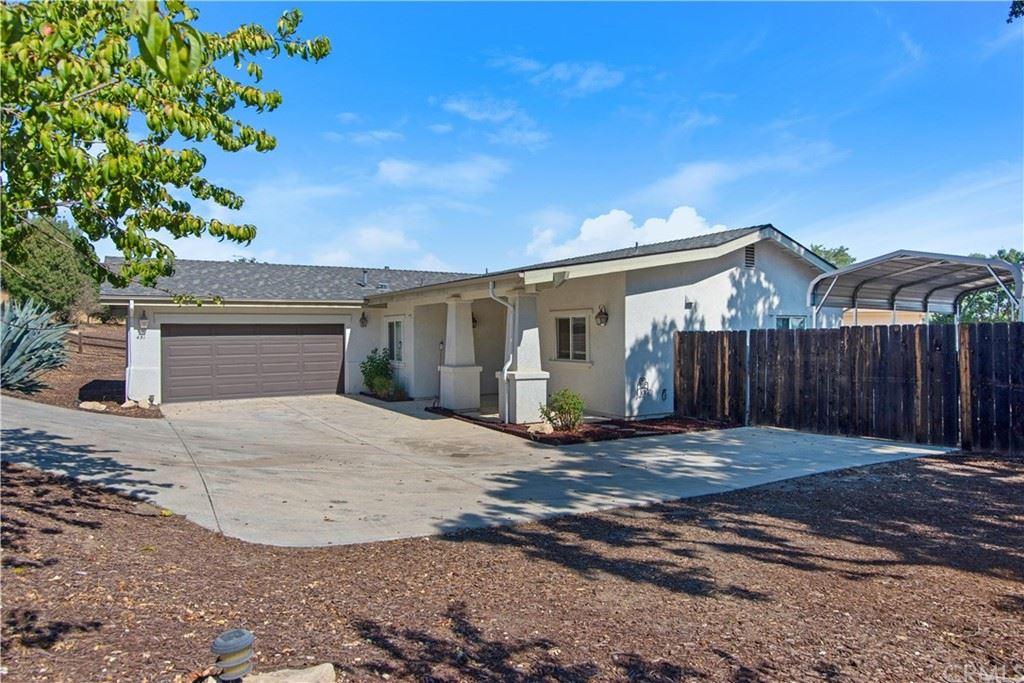 Photo of 431 Montebello Oaks Drive, Paso Robles, CA 93446 (MLS # NS21200039)