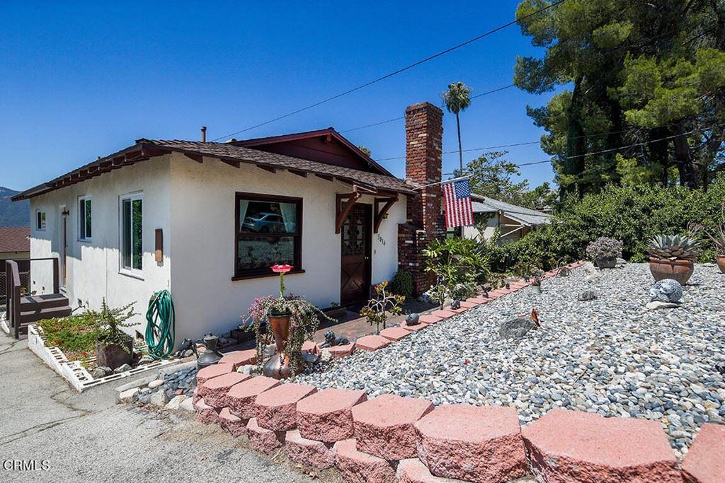 Photo of 3016 Henrietta Avenue, La Crescenta, CA 91214 (MLS # P1-6039)
