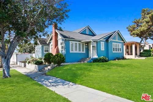 Photo of 3702 W 58TH Place, Los Angeles, CA 90043 (MLS # 20577040)