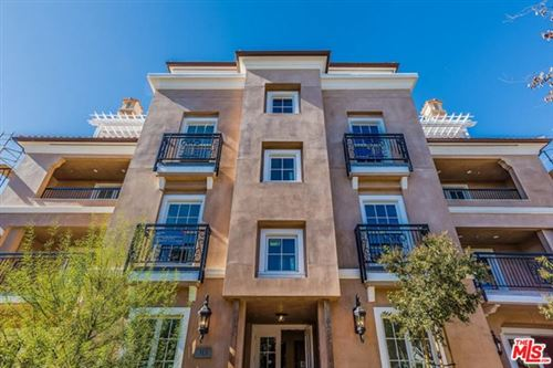 Photo of 313 S Reeves Drive #302, Beverly Hills, CA 90212 (MLS # 20660040)