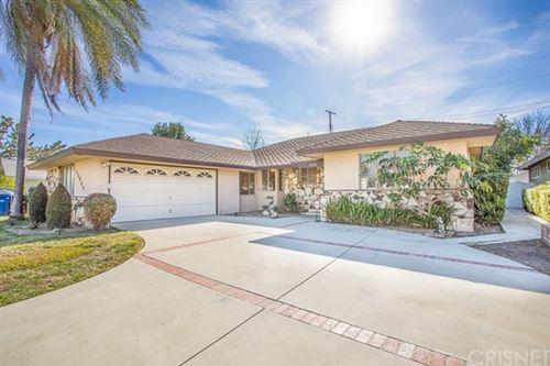 Photo of 15944 Vincennes Street, North Hills, CA 91343 (MLS # SR21011040)