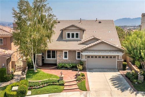Photo of 26838 Pine Cliff Place, Valencia, CA 91381 (MLS # SR21183040)