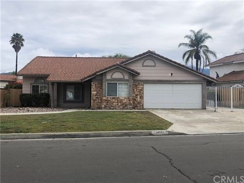 Photo of 44160 Compiegne Drive, Hemet, CA 92544 (MLS # SW20070040)