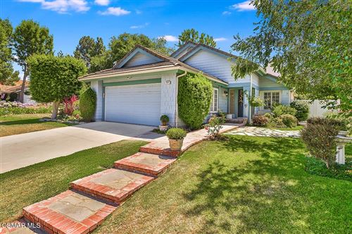 Photo of 3545 Birdsong Avenue, Thousand Oaks, CA 91360 (MLS # 221004041)