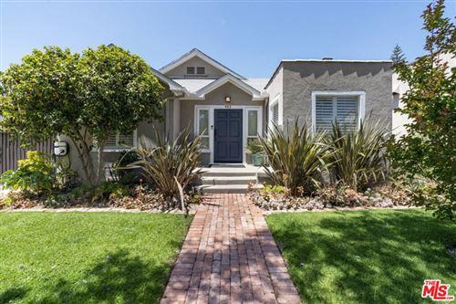 Photo of 403 N Bronson Avenue, Los Angeles, CA 90004 (MLS # 21730042)