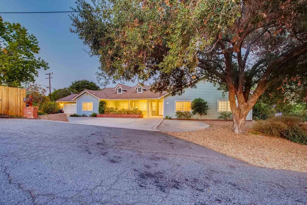218 Vista Del Indio, Fallbrook, CA 92028 - MLS#: NDP2110042