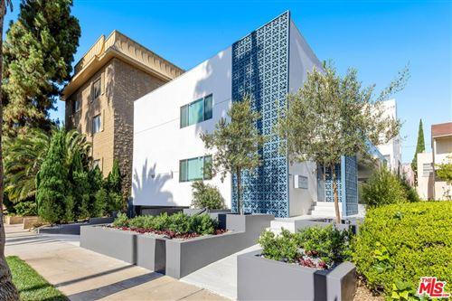 Photo of 153 S PALM Drive #2, Beverly Hills, CA 90212 (MLS # 21780044)