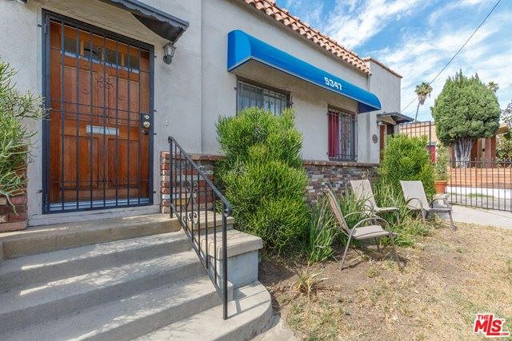 Photo for 5347 Fountain Avenue, Los Angeles, CA 90029 (MLS # 20597044)