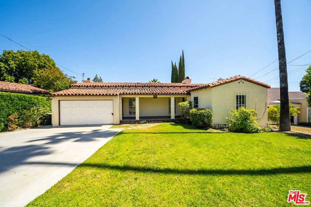 Photo of 310 W Kenneth Road, Glendale, CA 91202 (MLS # 21751044)
