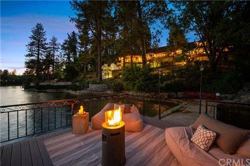 Photo of 923 Lake Edge Way, Lake Arrowhead, CA 92352 (MLS # EV20123045)