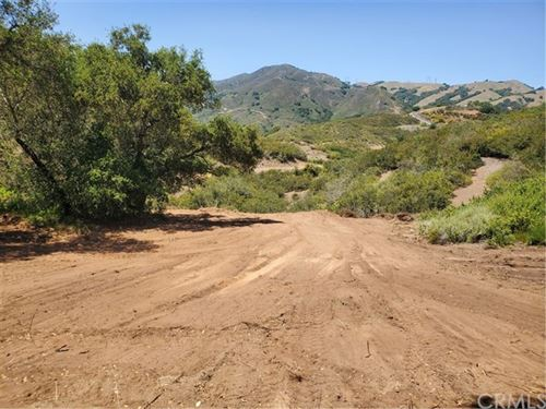Photo of 14680 Toleman Road, Atascadero, CA 93422 (MLS # NS21098045)