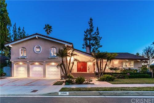 Photo of 23900 Killion Street, Woodland Hills, CA 91367 (MLS # SR21037045)