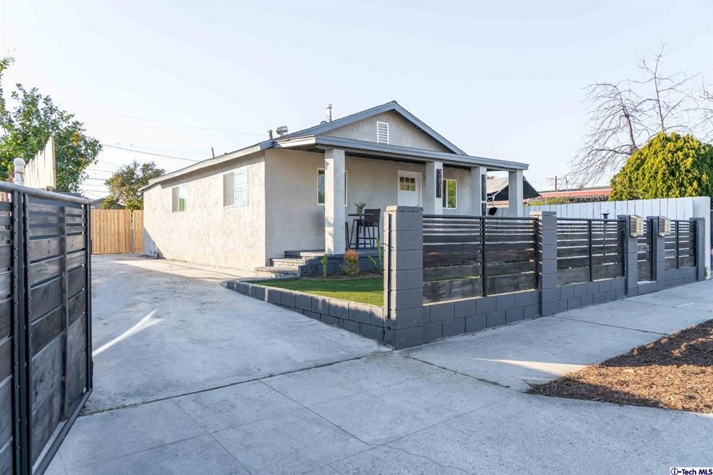 Photo for 7831 Troost Avenue, North Hollywood, CA 91605 (MLS # 320006045)