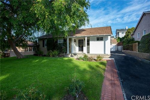 Photo of 901 Uclan Drive, Burbank, CA 91504 (MLS # BB20062046)