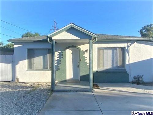 Photo of 3781 Mountain View Avenue #B, Pasadena, CA 91107 (MLS # 320008047)