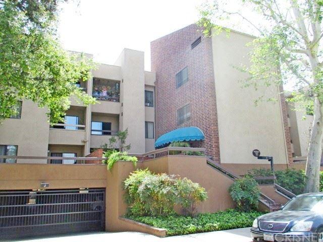 Photo of 424 Oak Street #322, Glendale, CA 91204 (MLS # SR21094047)